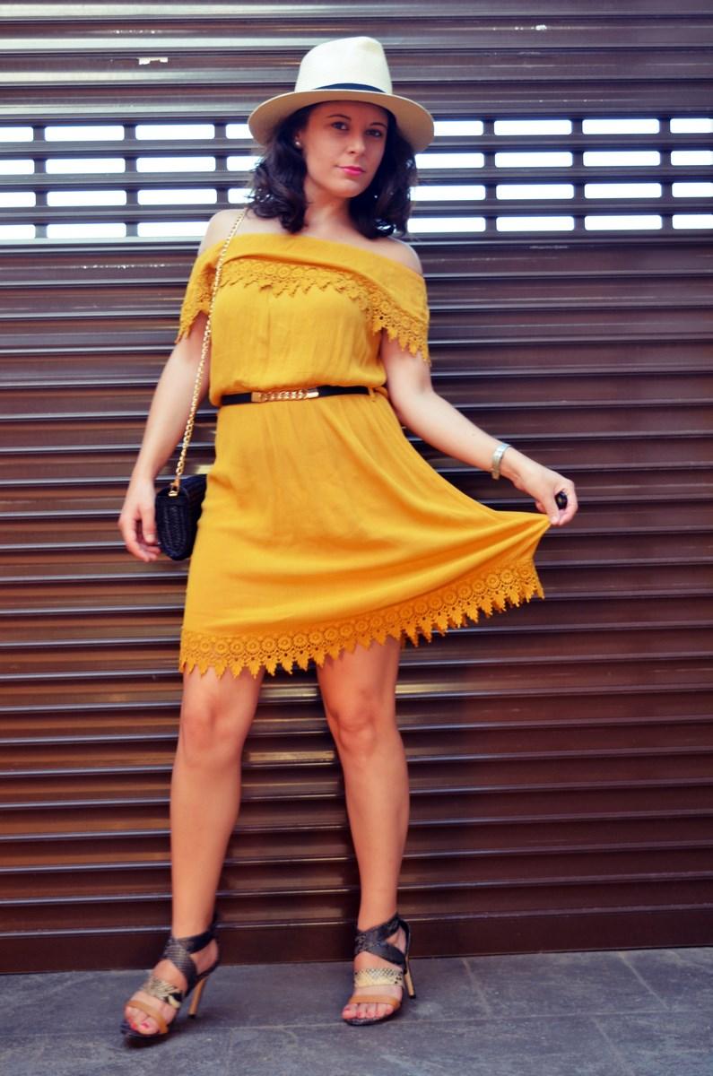 Vestido mostaza crochet look streetstyle fashion blogger mi vestido azul friendsfluencers (11)