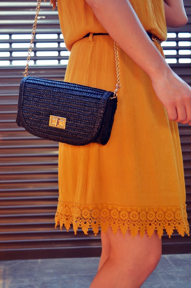 Vestido mostaza crochet look streetstyle fashion blogger mi vestido azul friendsfluencers (16)