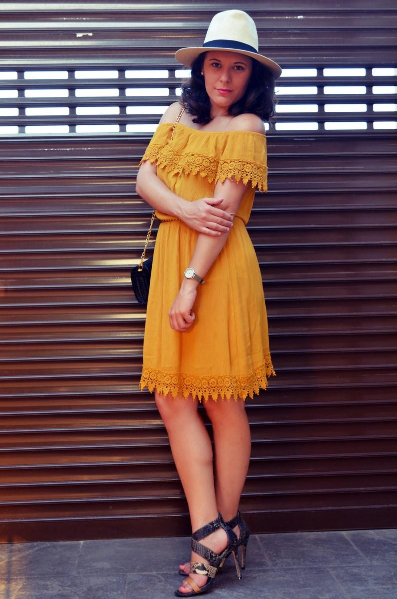 Vestido mostaza crochet look streetstyle fashion blogger mi vestido azul friendsfluencers (18)