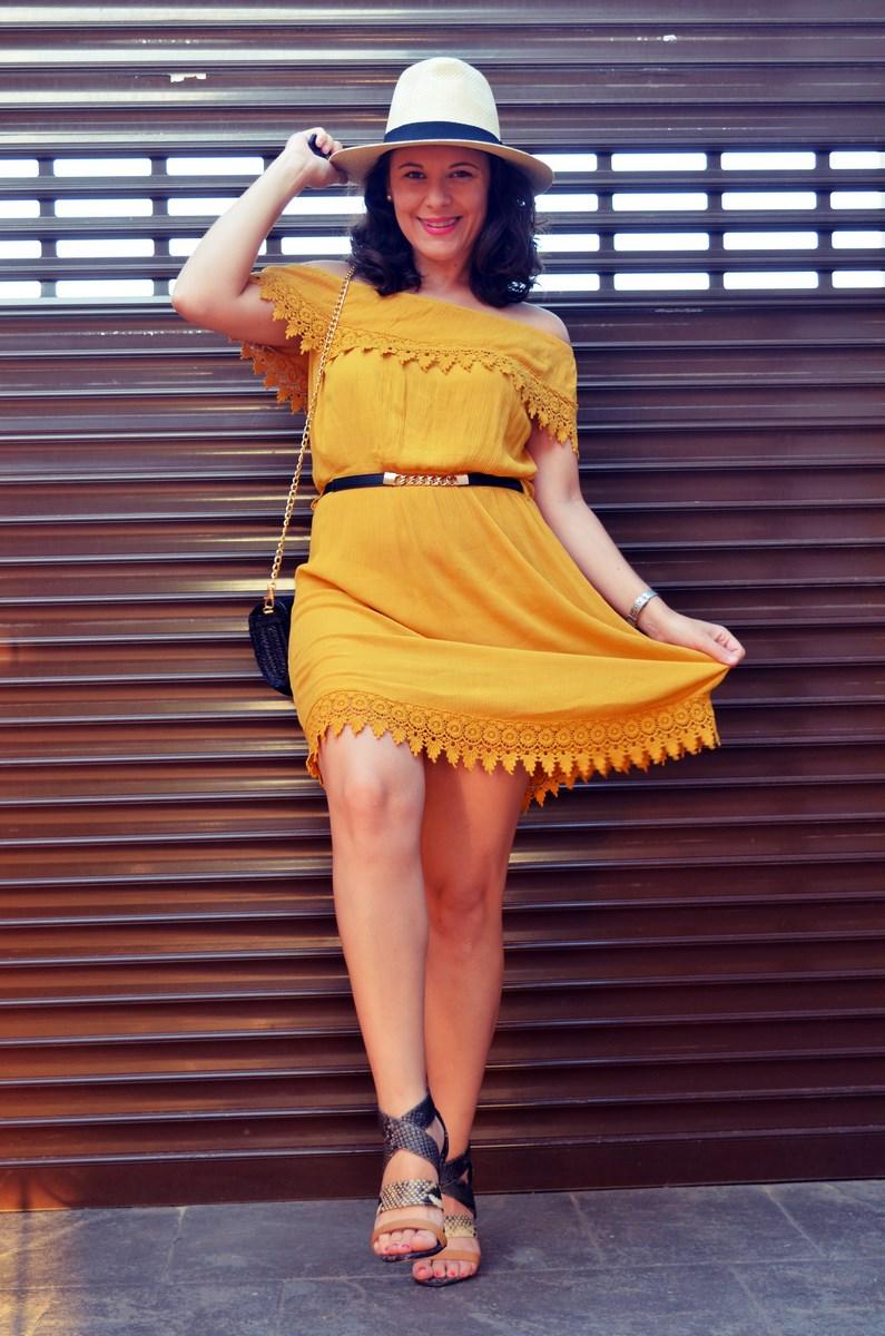 Vestido mostaza crochet look streetstyle fashion blogger mi vestido azul friendsfluencers (19)