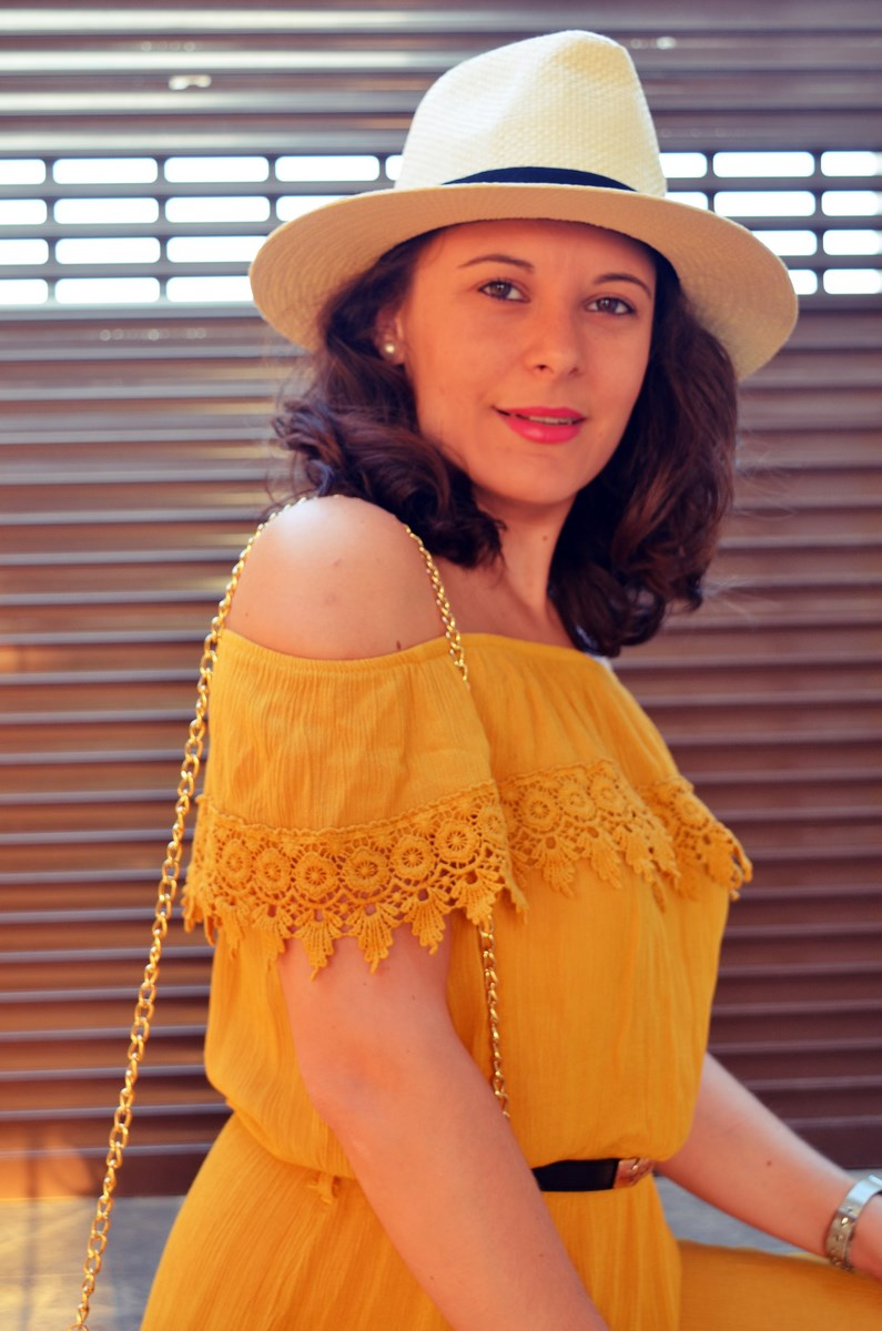 Vestido mostaza crochet look streetstyle fashion blogger mi vestido azul friendsfluencers (20)