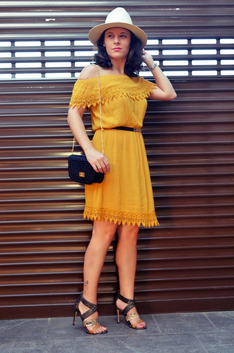 Vestido mostaza crochet look streetstyle fashion blogger mi vestido azul friendsfluencers (8)