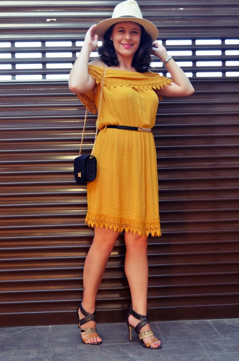 Vestido mostaza crochet look streetstyle fashion blogger mi vestido azul friendsfluencers (9)
