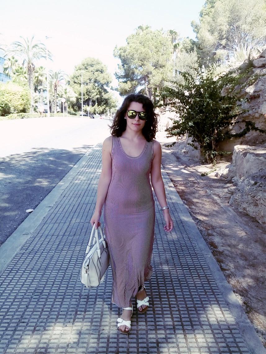 Maxi vestido con oberturas laterales _estampado rayas_ look_outfit_verano_mivestidoazul (13)