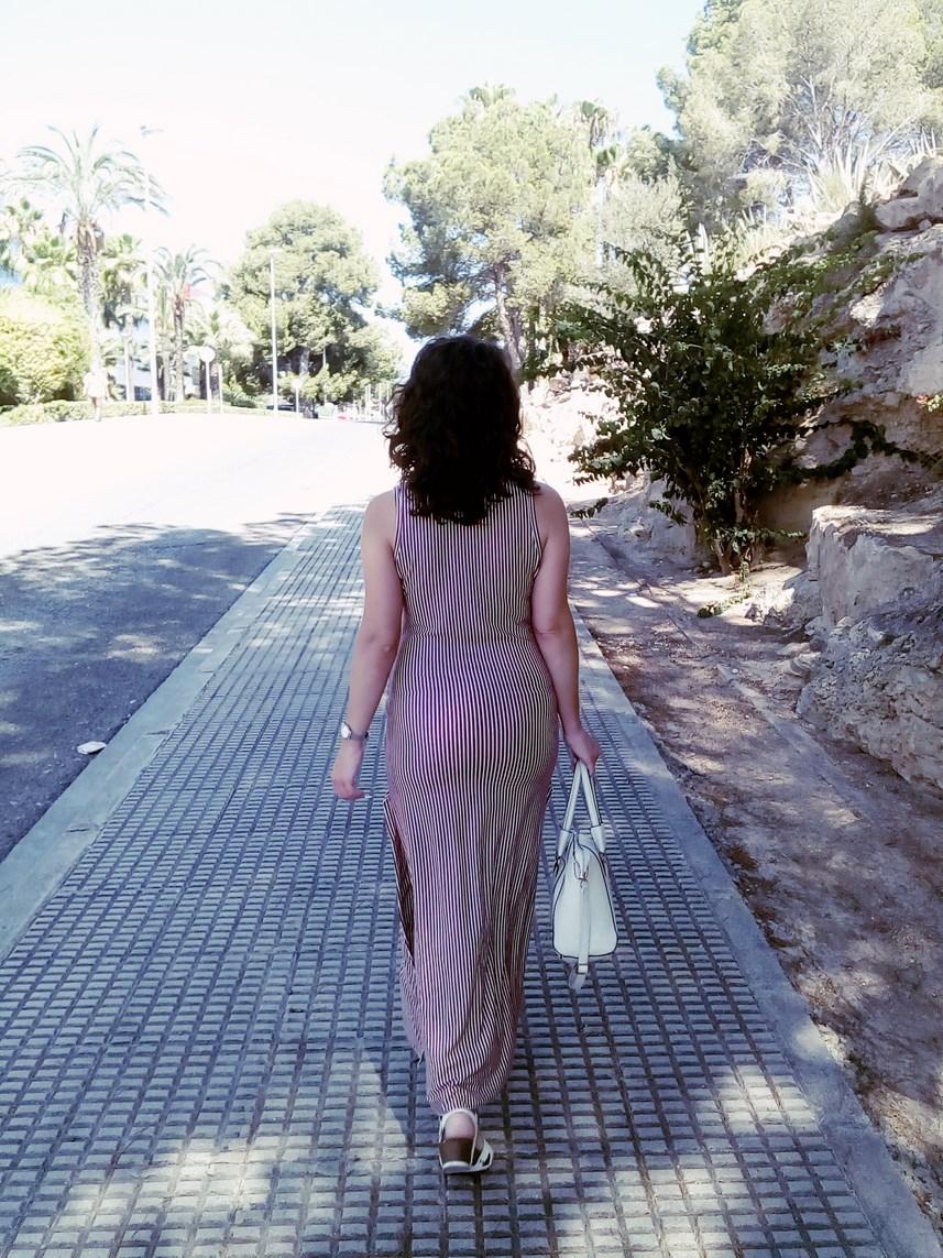 Maxi vestido con oberturas laterales _estampado rayas_ look_outfit_verano_mivestidoazul (23)