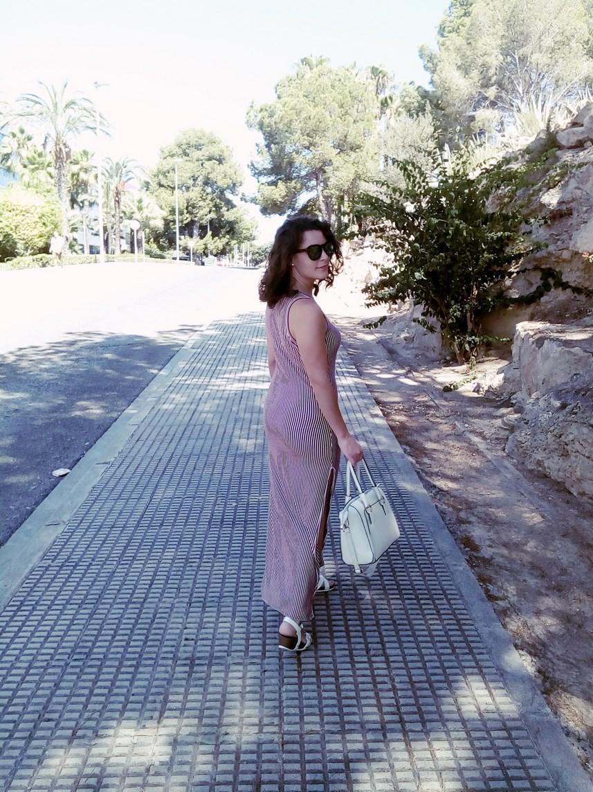 Maxi vestido con oberturas laterales _estampado rayas_ look_outfit_verano_mivestidoazul (27)
