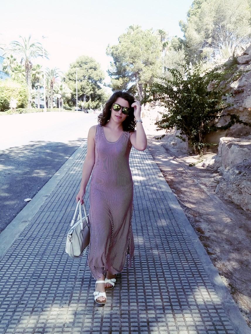Maxi vestido con oberturas laterales _estampado rayas_ look_outfit_verano_mivestidoazul (31)