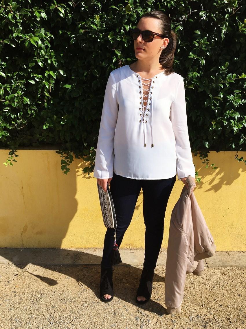 look_bomber_y_ccamiseta_cordones_streetstyle_fashionblogger_blogdemoda_castellon_mivestidoazul-1