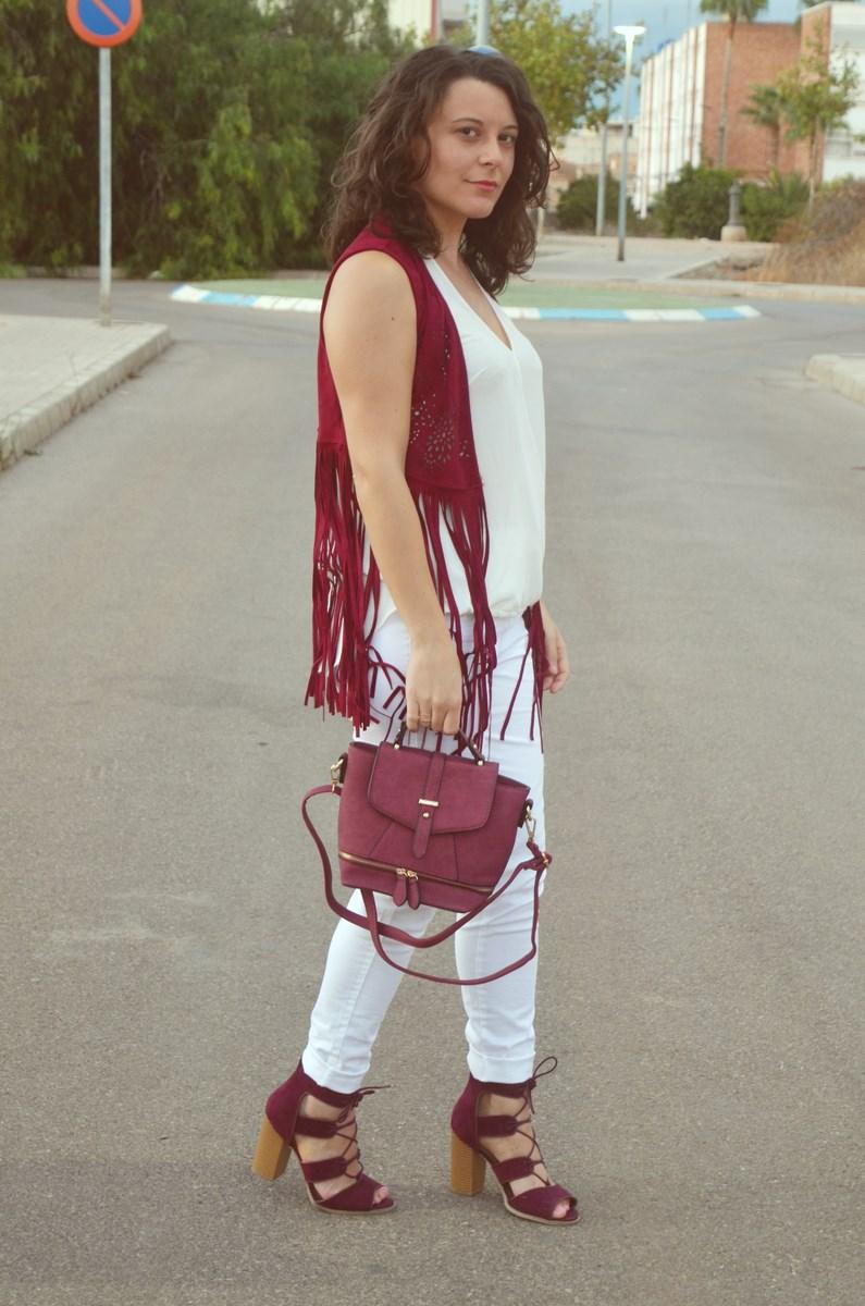 look_blanco_y_burdeos_summer_2016_streetstyle_fashionblogger_mivestidoazul-1