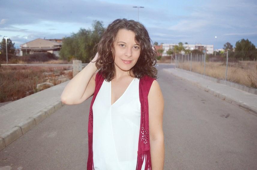 look_blanco_y_burdeos_summer_2016_streetstyle_fashionblogger_mivestidoazul-9
