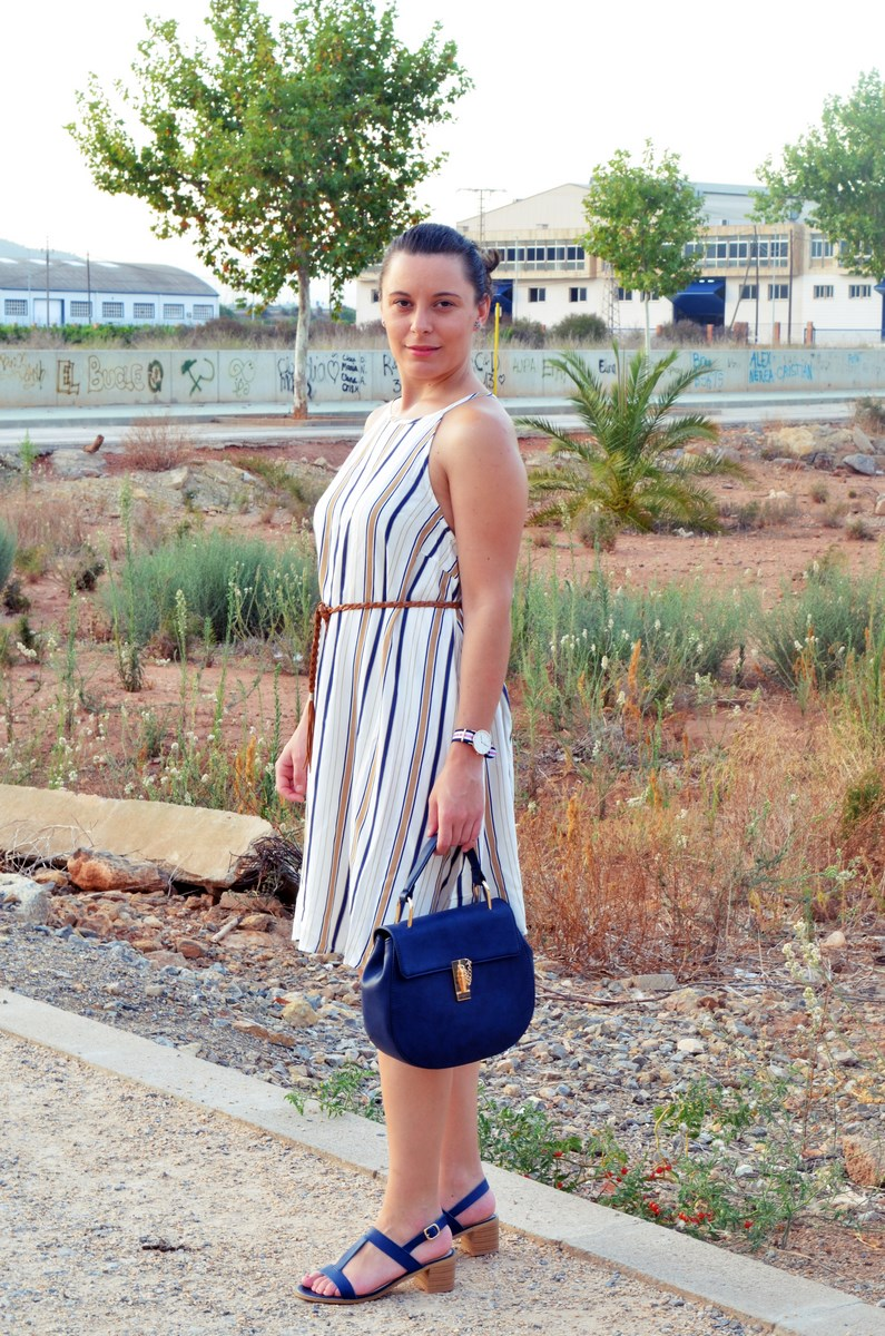 Look_vestido de rayas azul y camel_streetstyle_mivestidoazul (5)