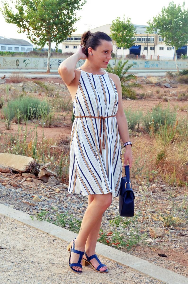 Look_vestido de rayas azul y camel_streetstyle_mivestidoazul (7)