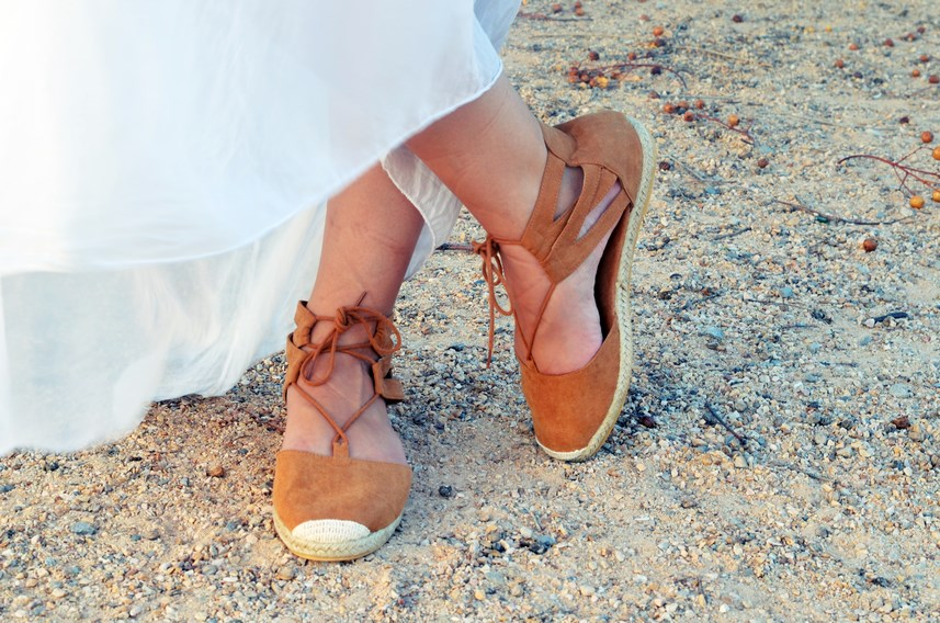 Vestido largo blanco de seda_streetstyle_bloggerscastellon_fashionblogger_mivestidoazul (13)