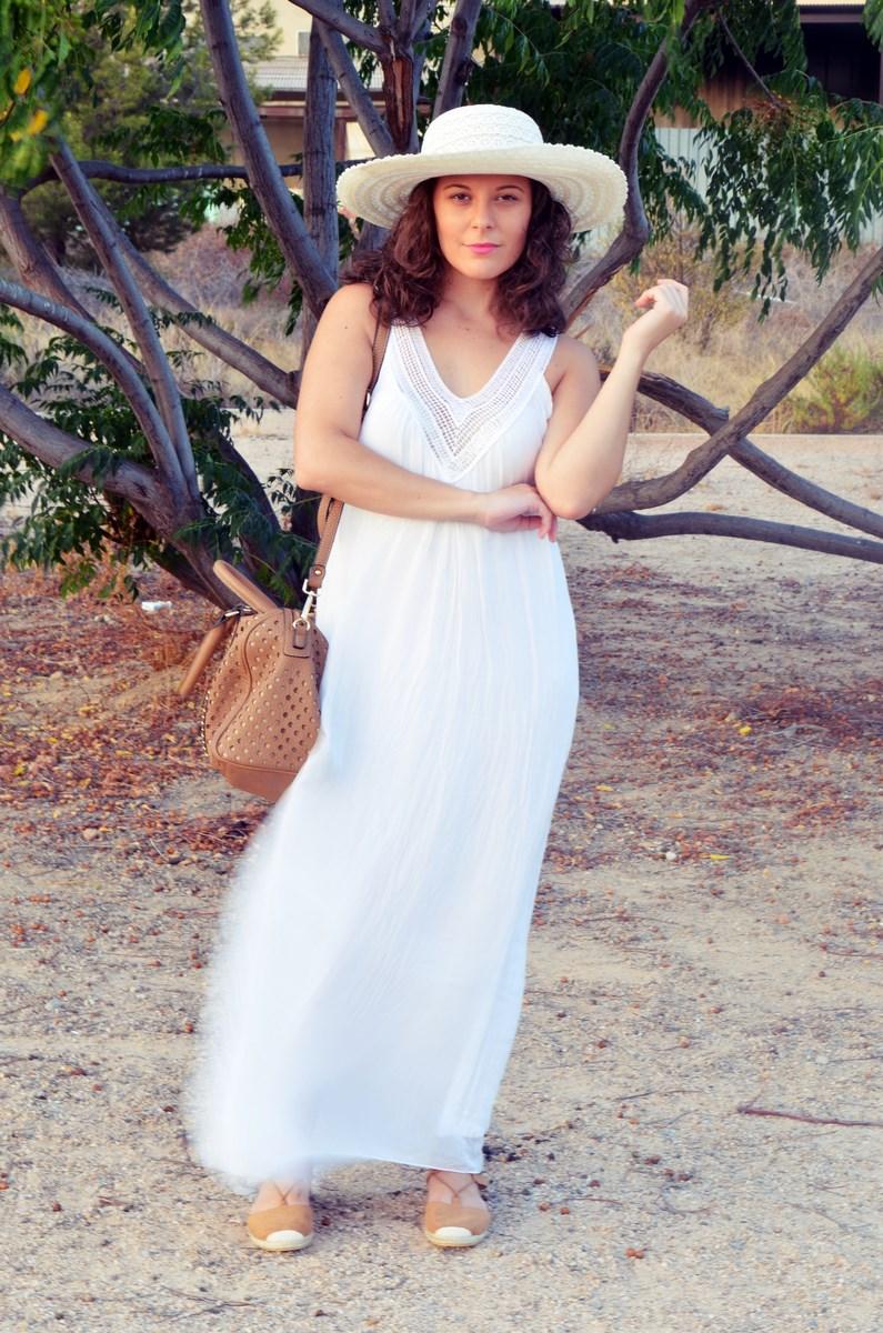 Vestido largo blanco de seda_streetstyle_bloggerscastellon_fashionblogger_mivestidoazul (2)