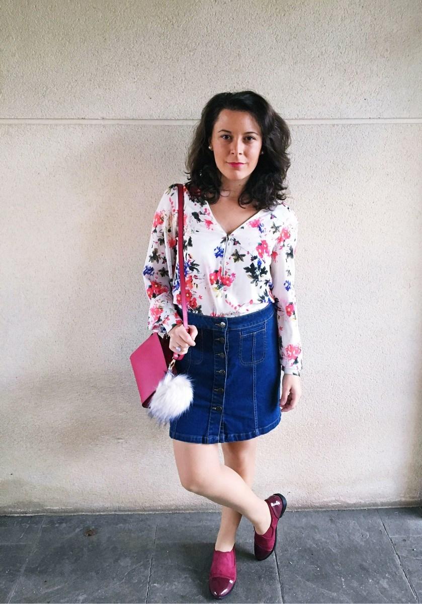 look_bolsoconpompon_streetstyle_fashionblogger_mivestidoazul-8