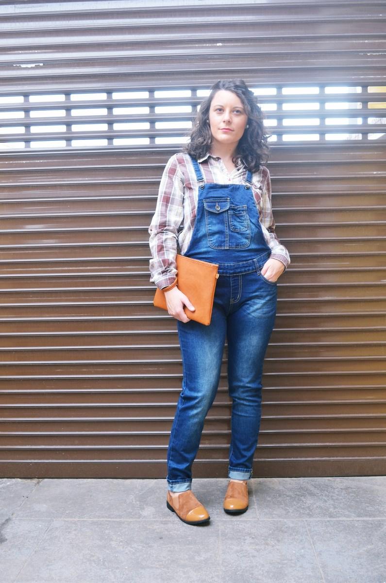 look_camisadecuadrosypeto_streetstyl_fashionblogger_mivestidoazul-3