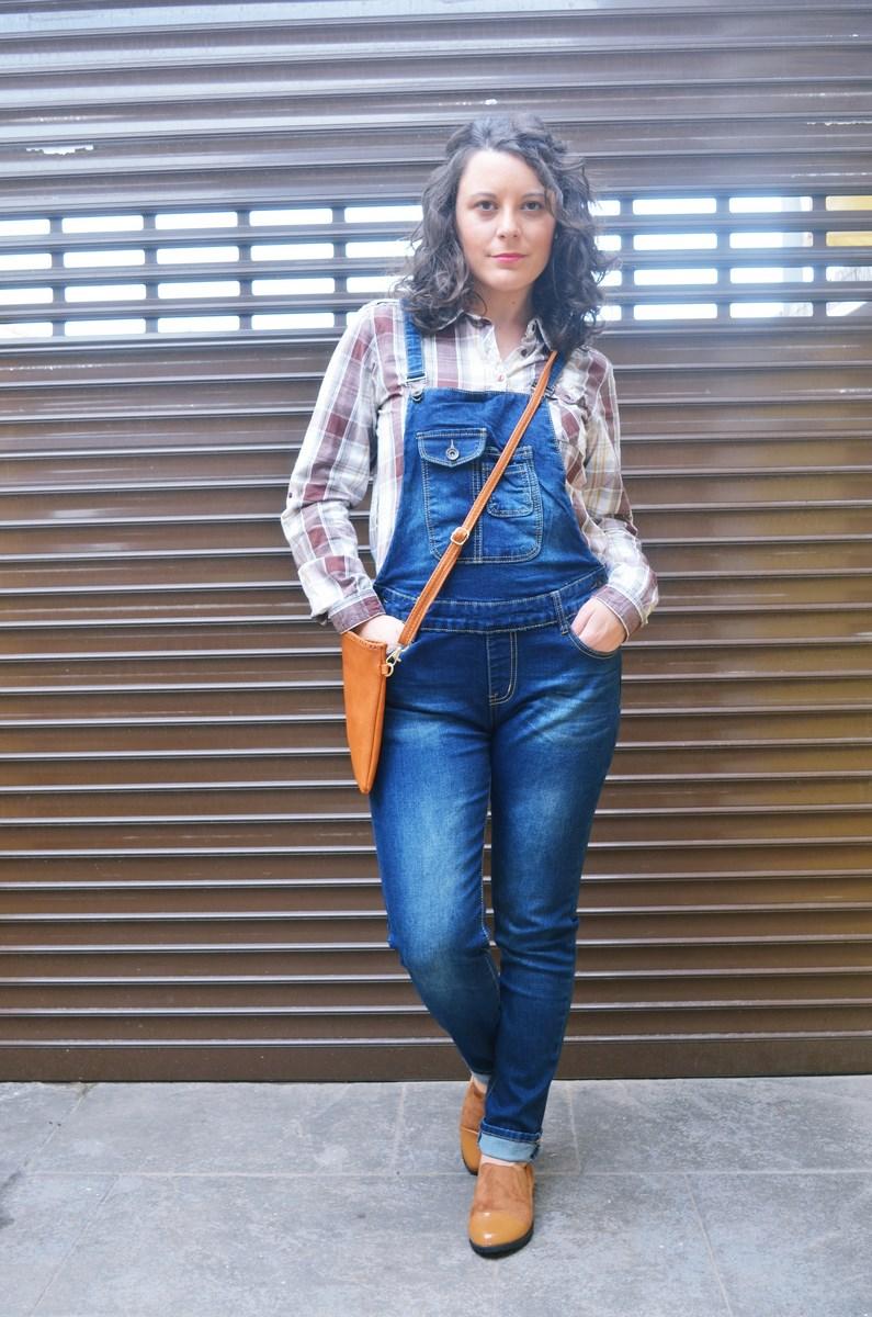 look_camisadecuadrosypeto_streetstyl_fashionblogger_mivestidoazul-9