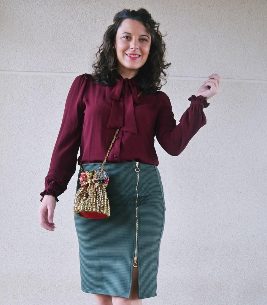 look_burdeosycaqui_streetstyle_outfit_fashionblogger_mivestidoazul-10