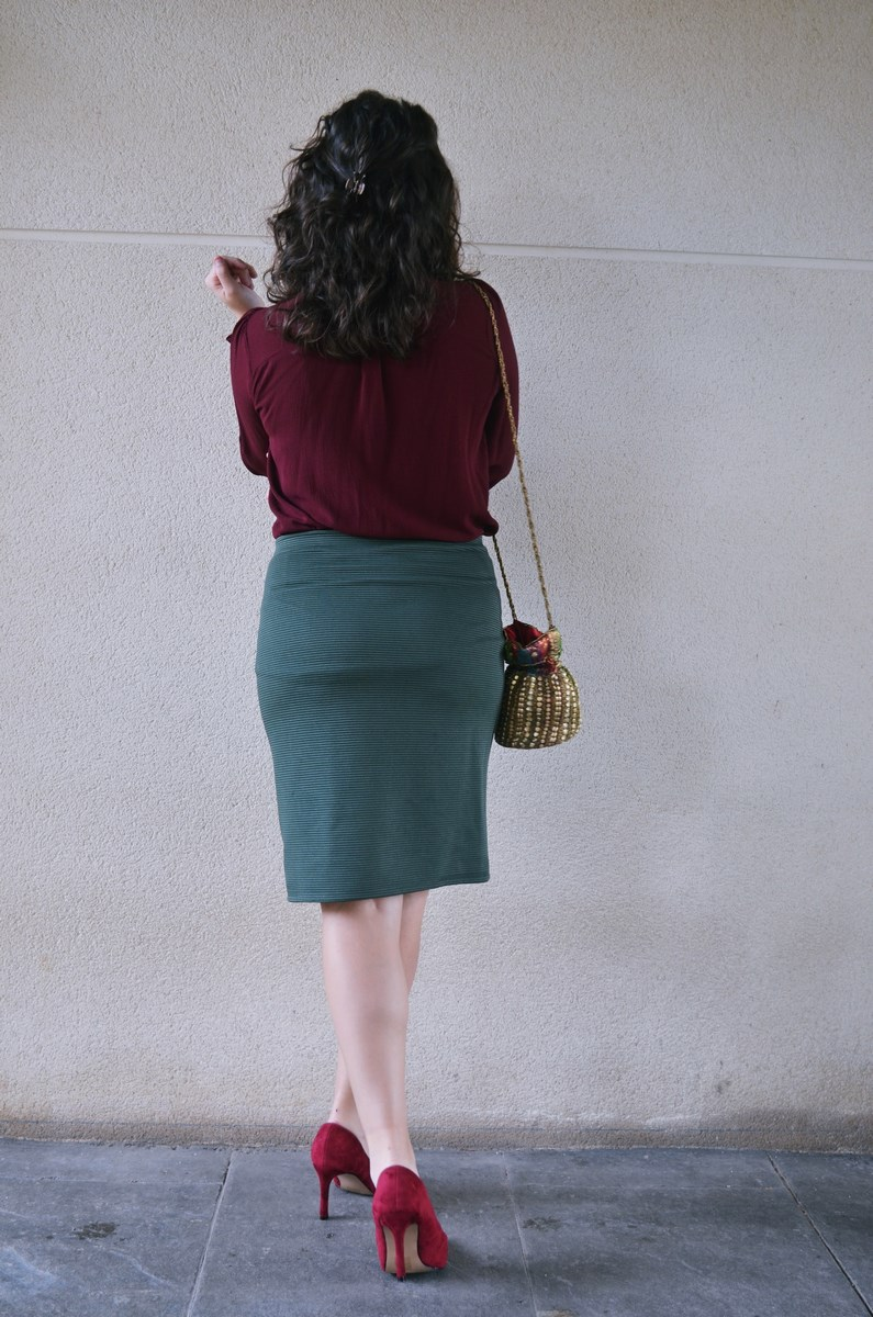 look_burdeosycaqui_streetstyle_outfit_fashionblogger_mivestidoazul-8
