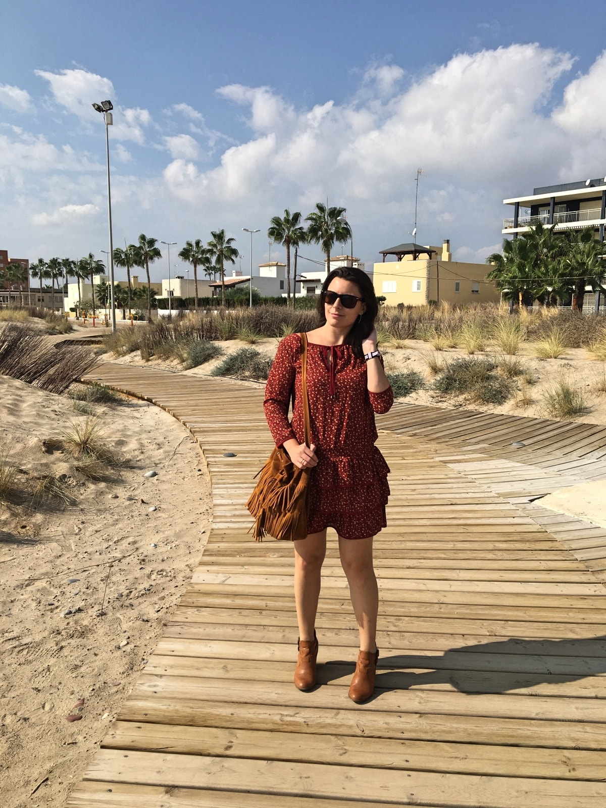 look_vestidoburdeosconflores_fashionblogger_mivestidoazul-com_blogdemoda_castellon1-min