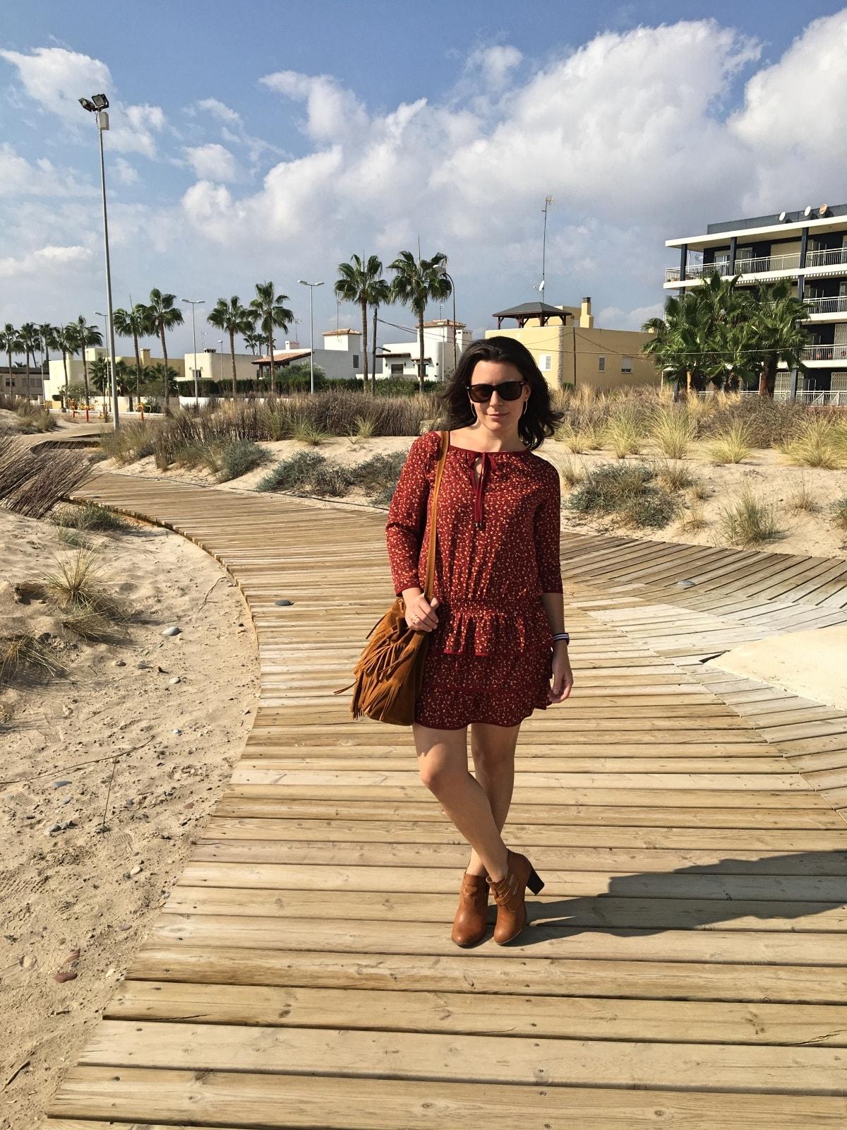 look_vestidoburdeosconflores_fashionblogger_mivestidoazul-com_blogdemoda_castellon2-min