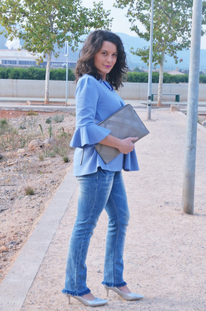 look_blusamangasacampanadasymetalizados_streetstyle_fashionbloggermivestidoazul-4