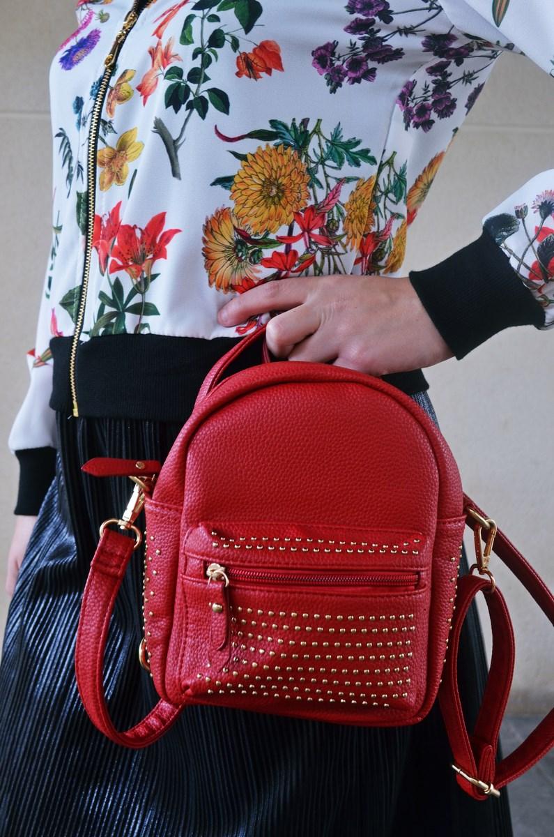 look_bomberconflores_streetstyle_sportychic_fashionblogger_mivestidoazul-14
