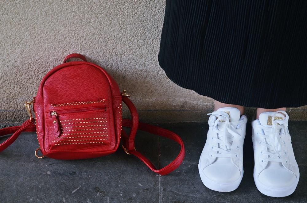 look_bomberconflores_streetstyle_sportychic_fashionblogger_mivestidoazul-17