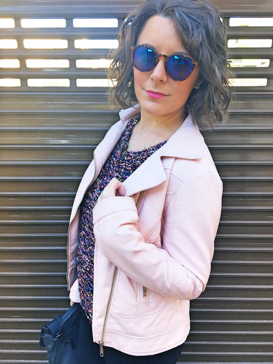 look_sportychic_bikerrosa_streetstyle_mivestidoazul_fashionblog_blogdemoda_castellon_influencer-9
