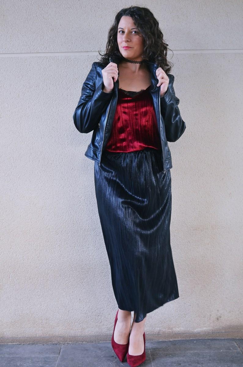 look_topdeterciopelo_burdeos_fashionblogger_streetstyle_mivestidoazul-16