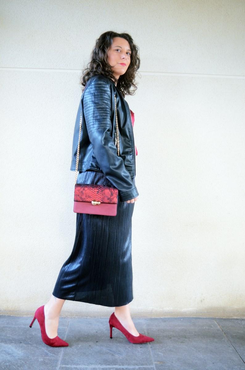 look_topdeterciopelo_burdeos_fashionblogger_streetstyle_mivestidoazul-3