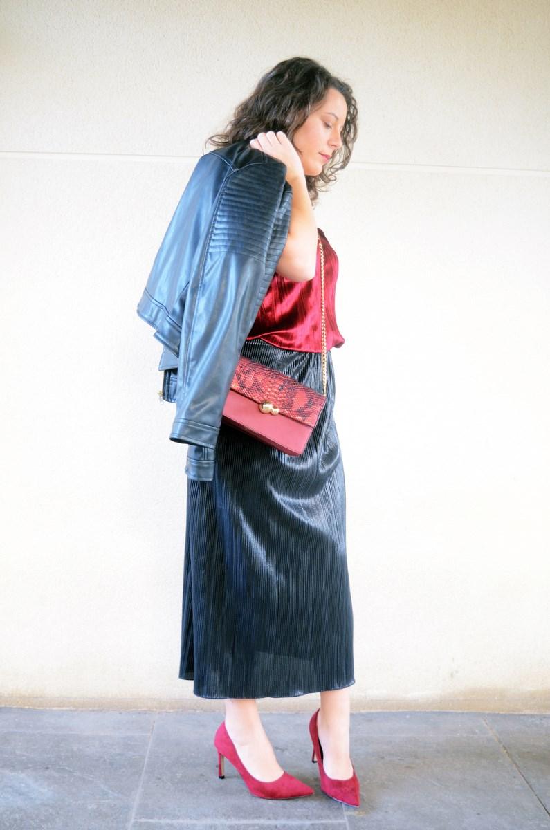 look_topdeterciopelo_burdeos_fashionblogger_streetstyle_mivestidoazul-6