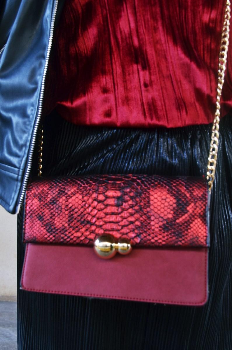 look_topdeterciopelo_burdeos_fashionblogger_streetstyle_mivestidoazul-9
