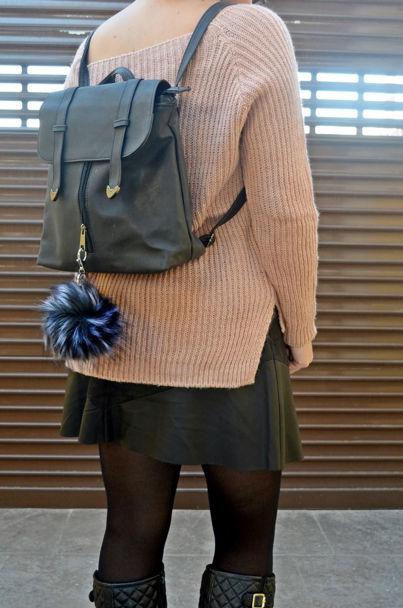 look_faldapolipieljerseyparches_streetstyle_fashionblogger_influencer_blogdemoda_castellon_valencia_mivestidoazul_itgirl-4