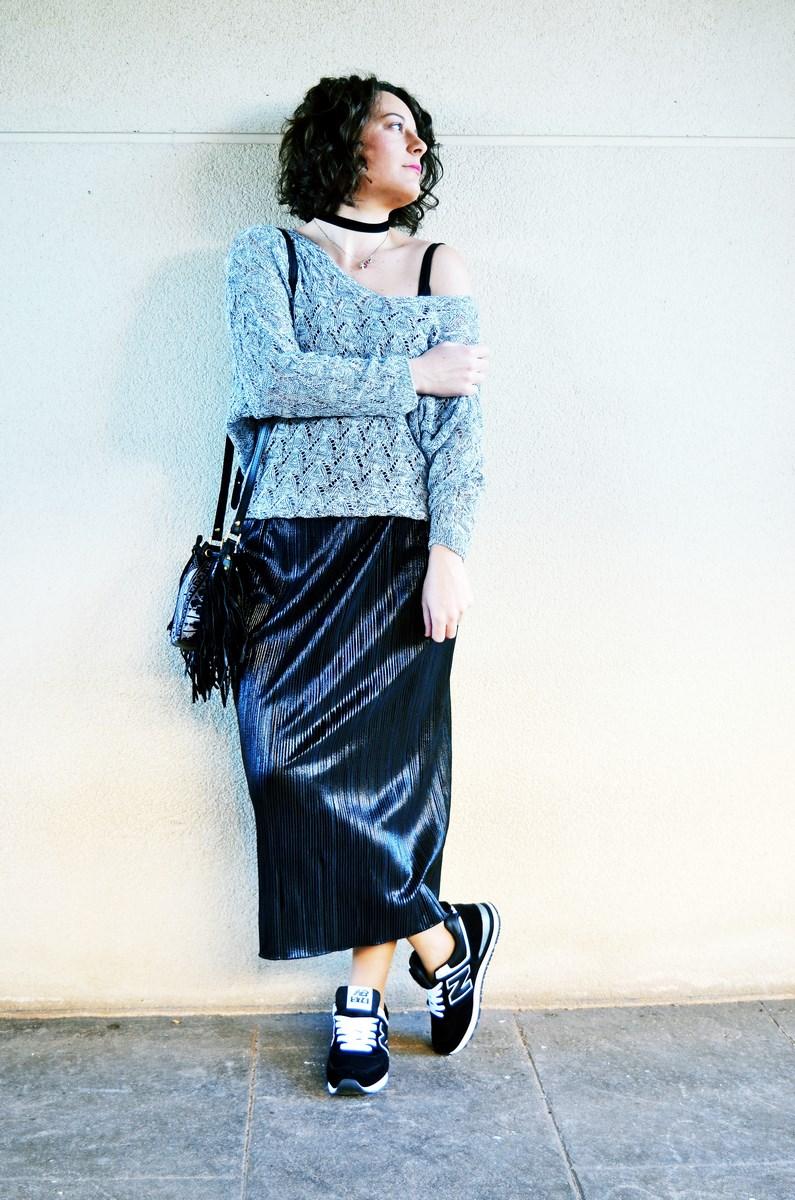 look_faldaplisadametalizadayzapatillas_streetstyle_mivestidoazul_fashionblogger_blogdemoda_castellon_influencer-5