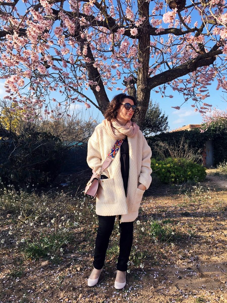 Bolso rosa tachuelas
