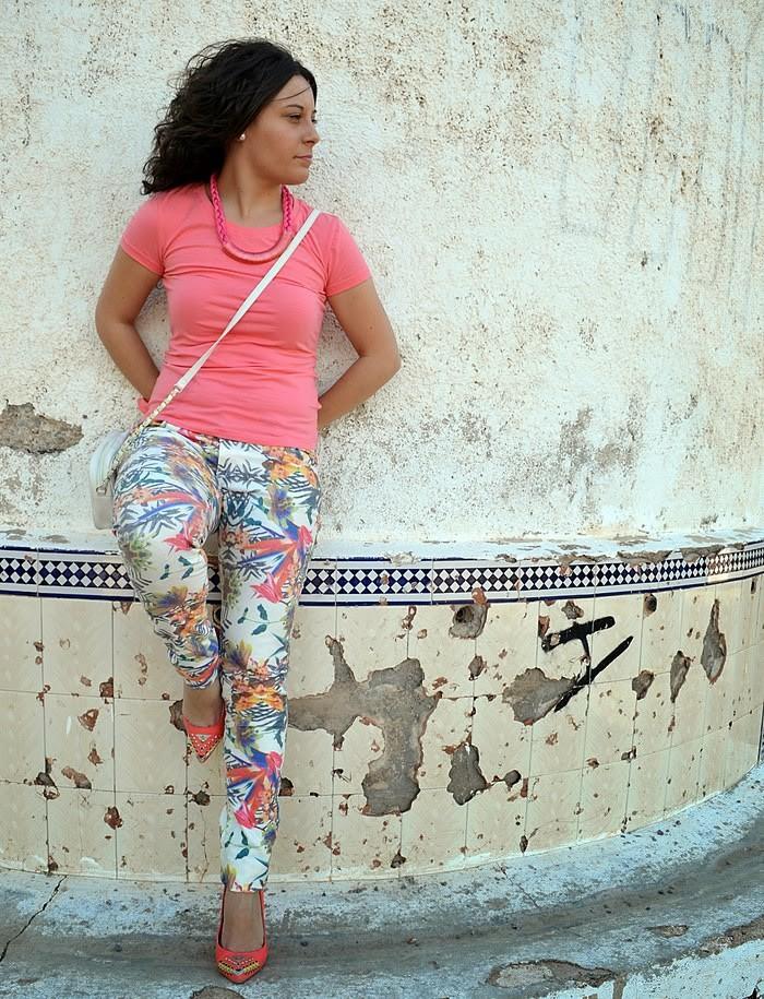 pantalones estampados, fashion blogger, blogger, castellón, coral, looks, outfits, moda, blog de moda, estilo, mi vestido azul,