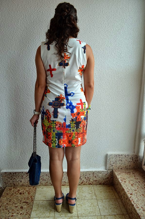 vestido de cruces, mi vestido azul, blogger, blog de moda, castellon, fashion blogger, look, outfit, trendy, cross dress, denim