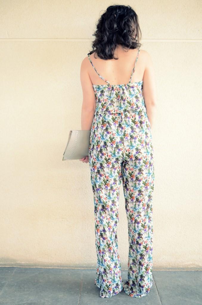 Flowers jumpsuit & Khaki trench (9)