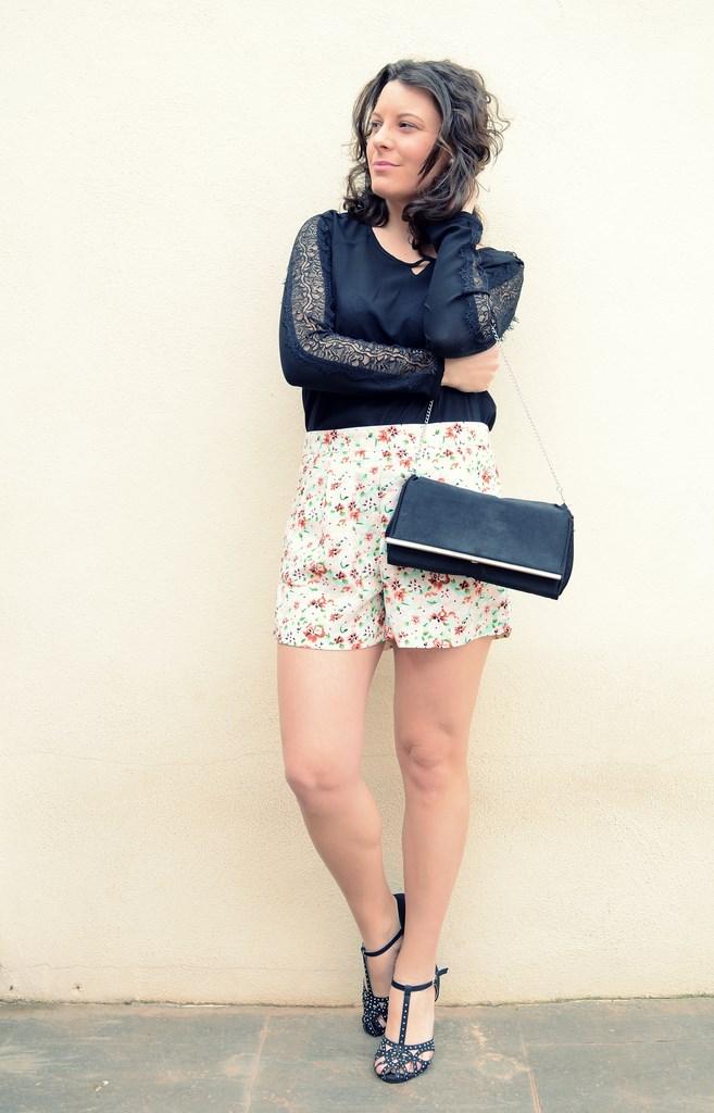 Mi Vestido Azul - Printed Soft Short (17)