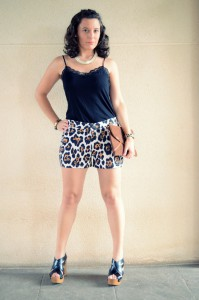 Mi vestido azul- Animal print shorts (3)