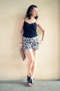 Mi vestido azul- Animal print shorts (4)