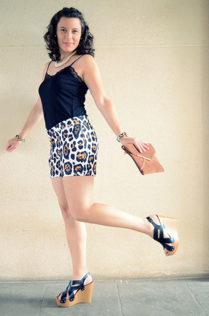 Mi vestido azul- Animal print shorts (7)