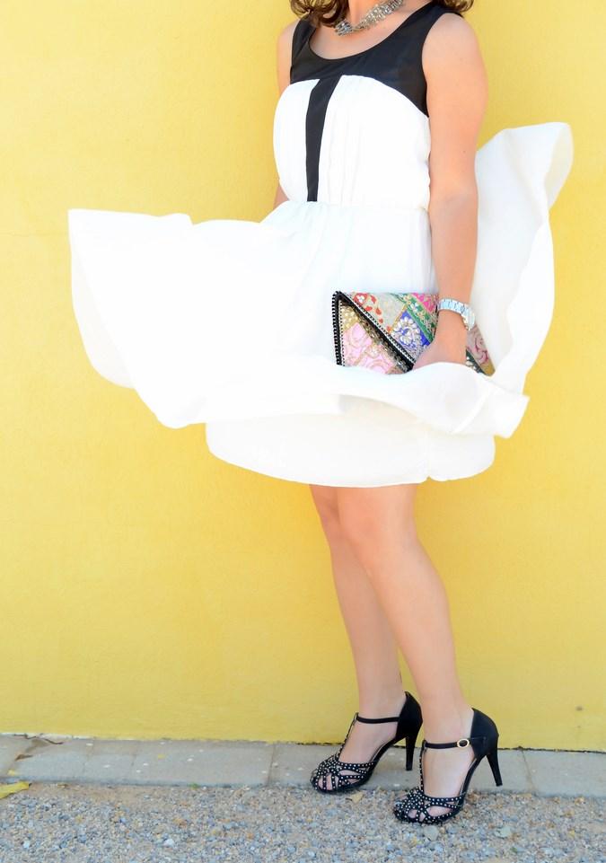 Mi vestido azul - Just black and white (3)