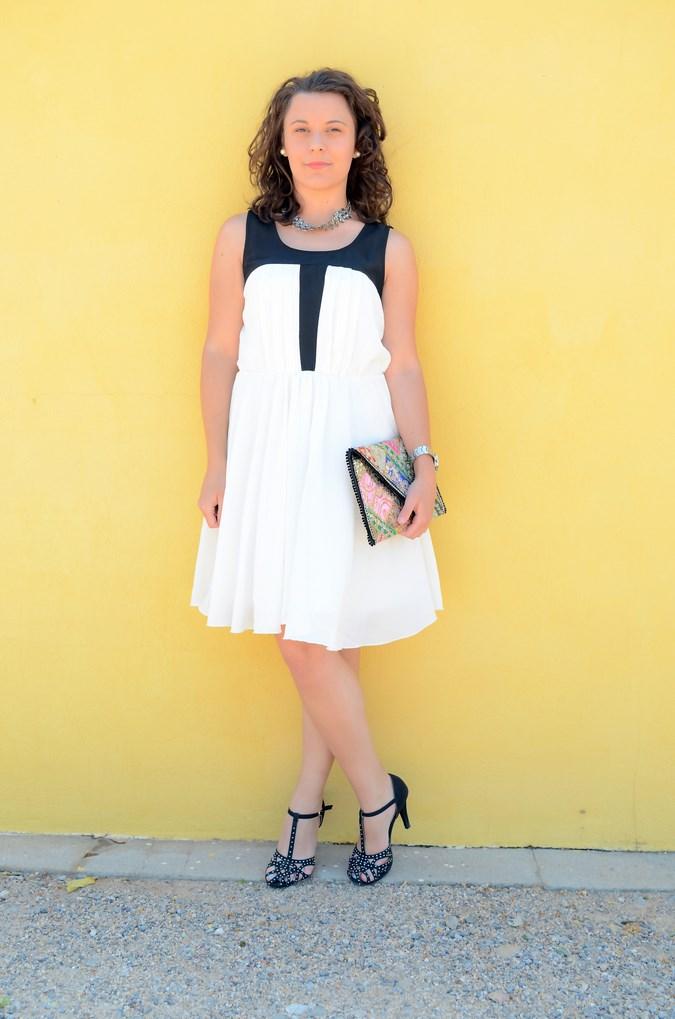 Mi vestido azul - Just black and white (5)