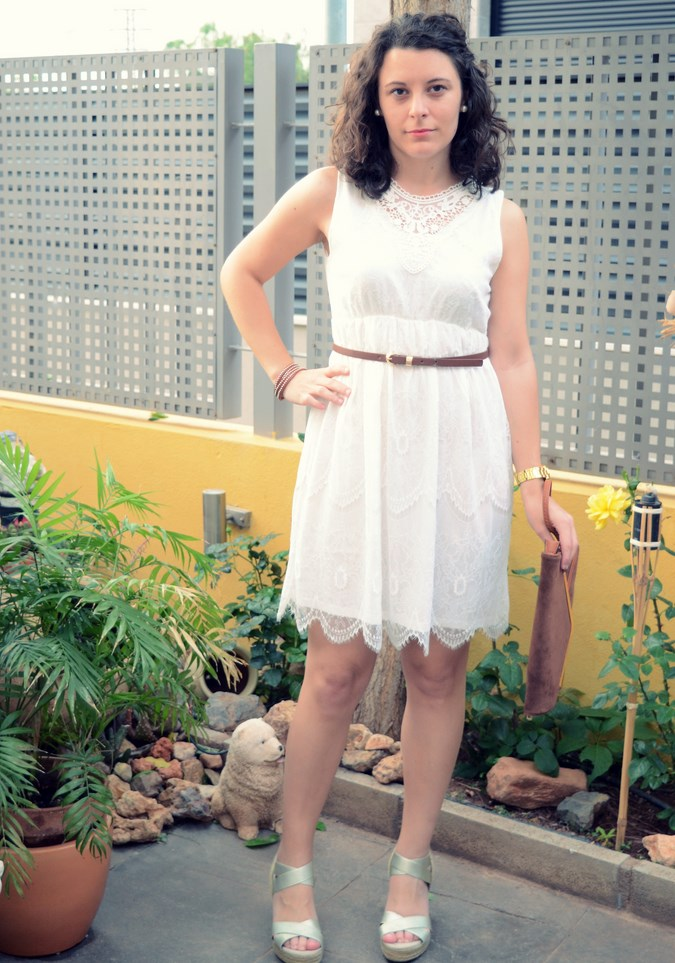 Mi vestido azul- White crochet dress (2)