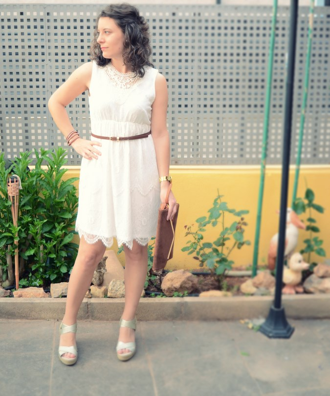 Mi vestido azul- White crochet dress (3)
