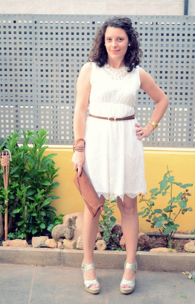 Mi vestido azul- White crochet dress (7)