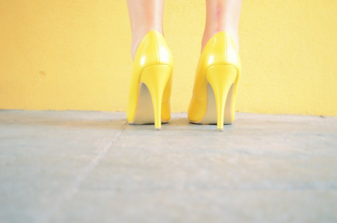 Mi vestido azul - Yellow (1)