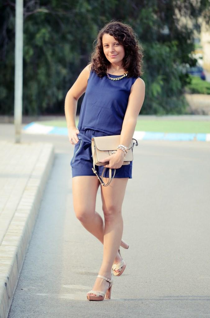 Mi vestido azul - Blue jumpsuit & Nude (8)
